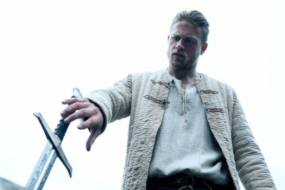 Кадры из фильма Меч короля Артура 2