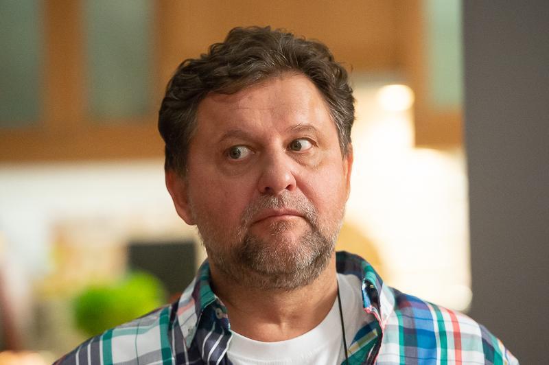 Кадры из сериала Родители 3 сезон